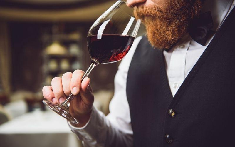 la degustazione di vino online: cos'è e come funziona