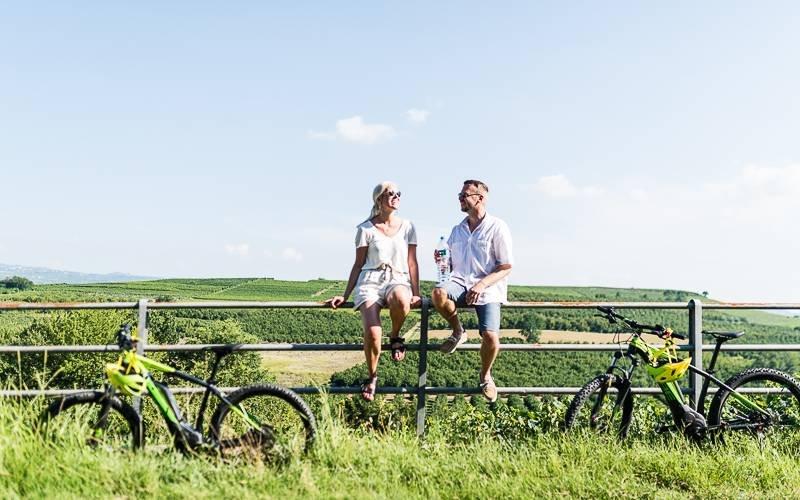 una degustazione di vini e un'esperienza in bicicletta