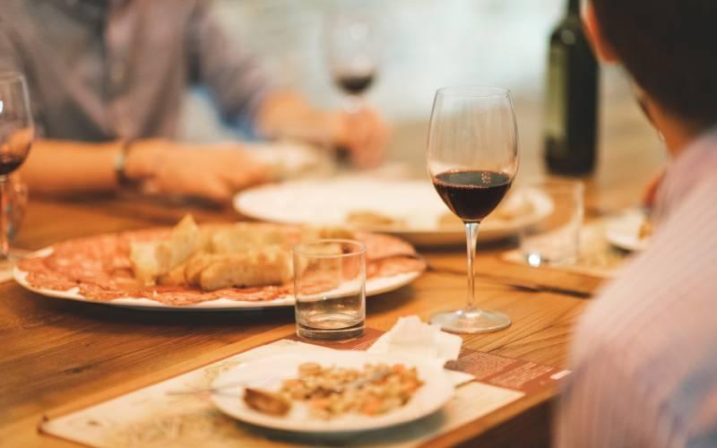 wine tour gita fuori porta nei dintorni di roma palazzo tronconi